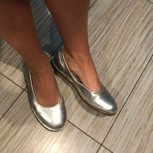 Dr. Martens women's silver flats leather upper 9